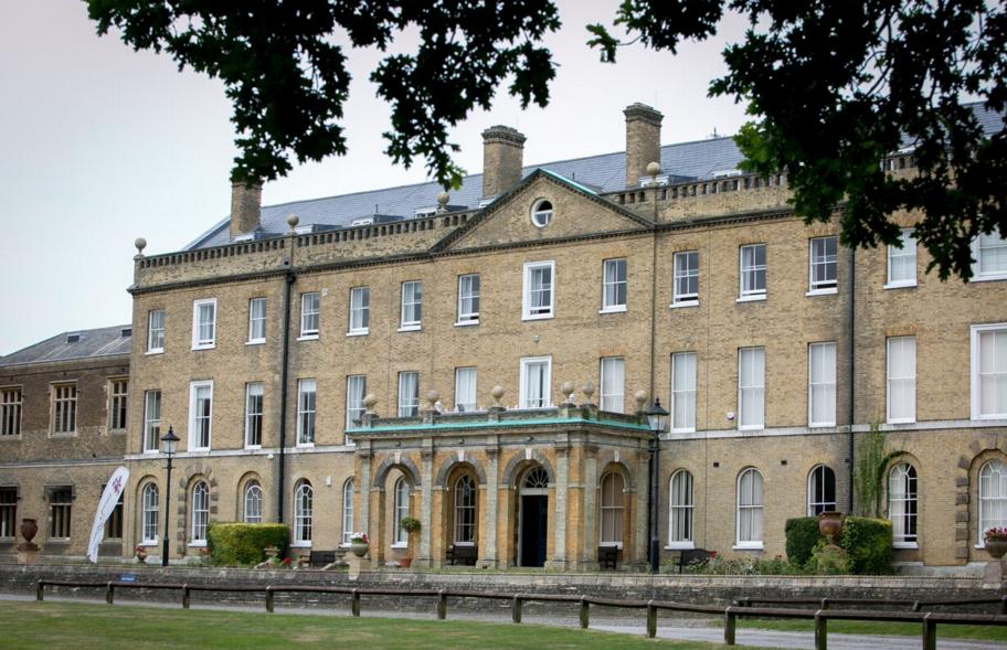 Картинки по запросу St Edmund's College